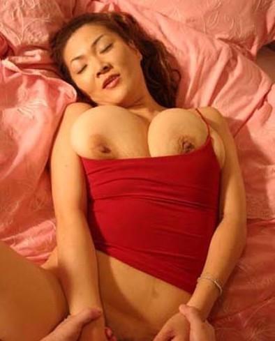 Japanische Pornodarstellerin